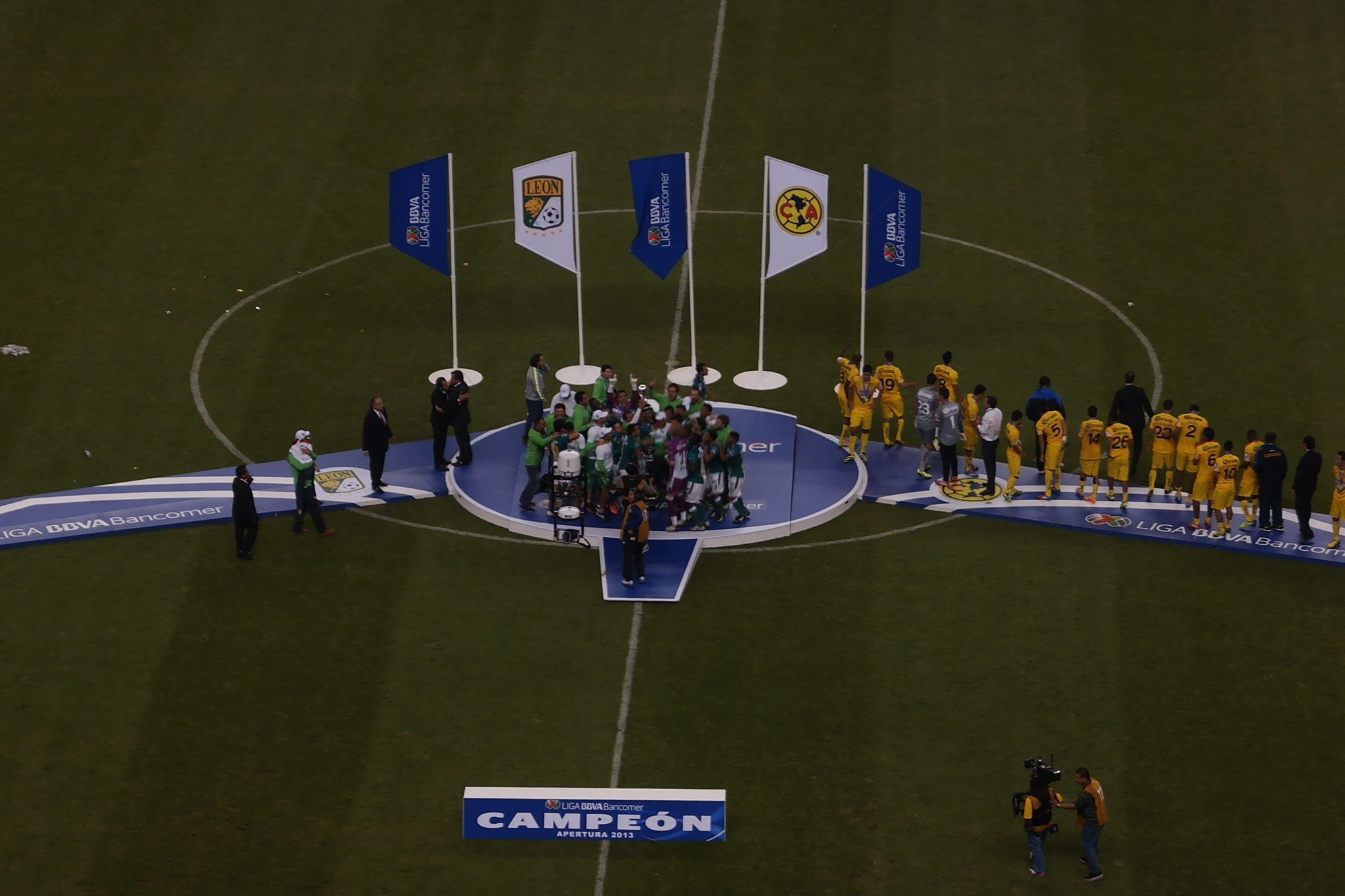 Photo of ¡No hay que dar por campeón al Monterrey o al América aún!
