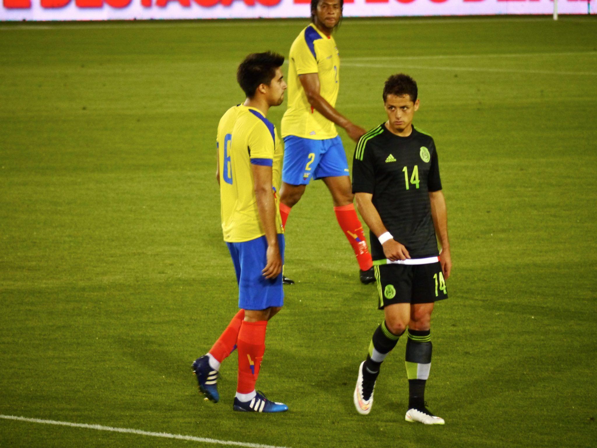 Photo of Chicharito, cada vez más cerca de volver a jugar en la BPL