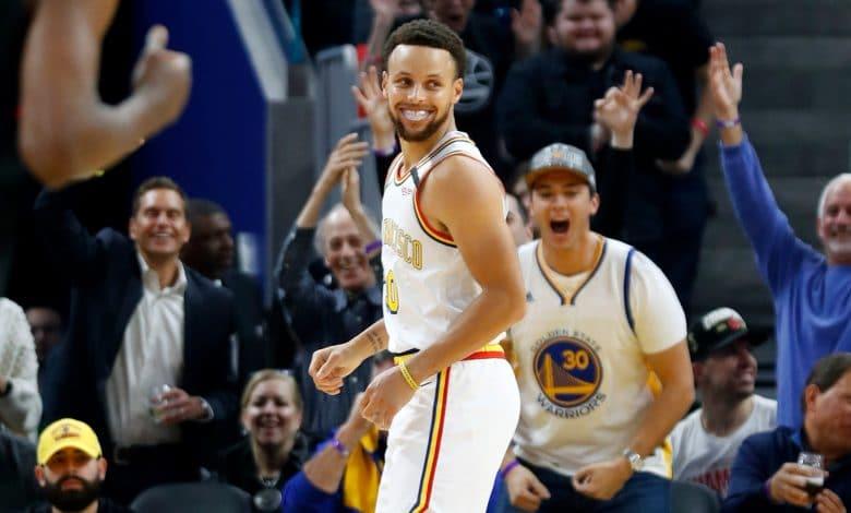 Stephen Curry regresa a la duela