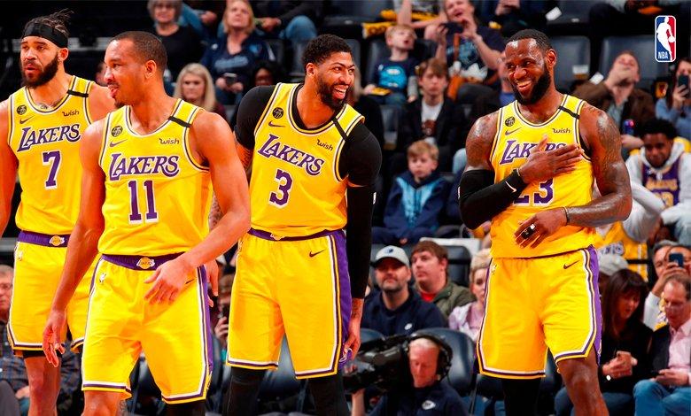 Los Angeles Lakers sin síntomas